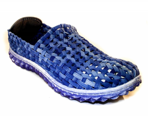 Adesso all elastic upper fun blue summer shoe.